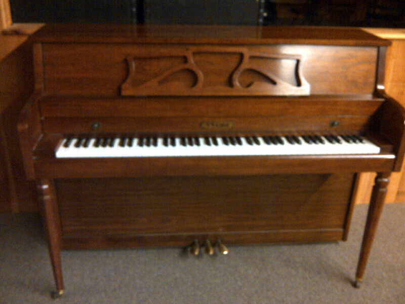 SOLD 11/3: 1988 W.W. Kimball Console : Piano Mill