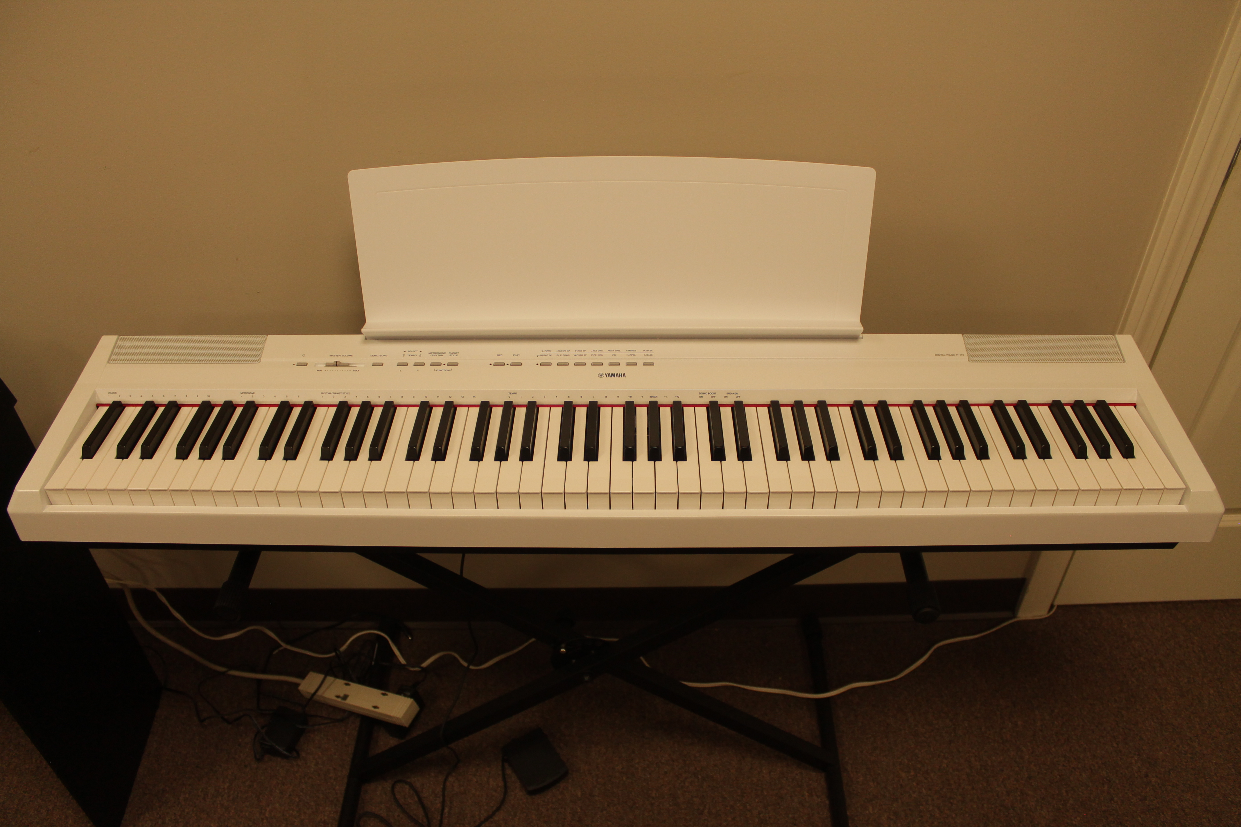 new yamaha p 115 portable digital keyboard 599 white and black piano mill. Black Bedroom Furniture Sets. Home Design Ideas